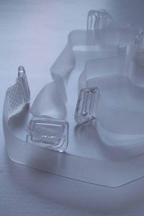 Silikon-Bügel mit Kunststoffspitze für Bras